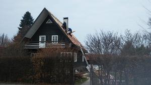 vorher: gefährliche Dacharbeiten ohne Fangschutz
